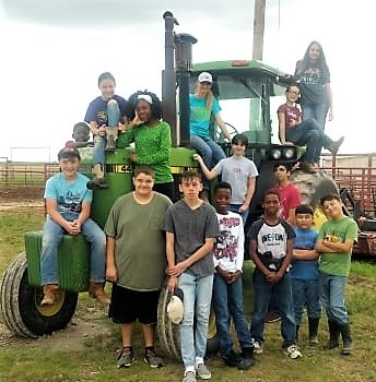 4htractor